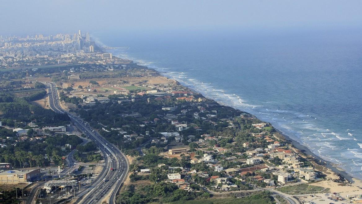 Vista aérea de Beit Yanai Beach, cerca de Netanya. Foto por Moshe Shai/FLASH90