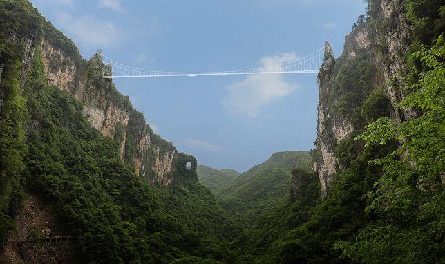 El puente tiene 430 mts. de largo y se ha dicho que es el más hermoso construido hasta ahora. Foto vía HaimDotan.com.