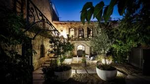 El Hotel Alegra, en el barrio Ein Keren, en Jerusalén, tiene una auténtica posada construida durante las Cruzadas. Foto cortesía.