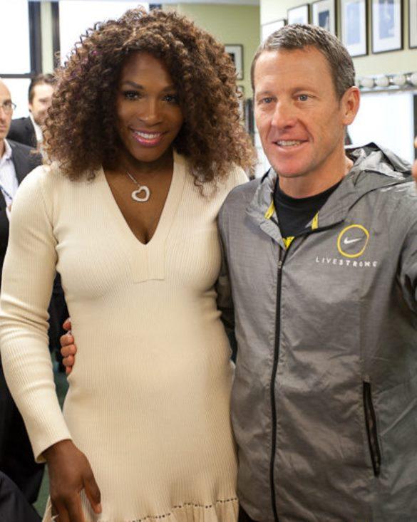 Serena Williams y Lance Armstrong. Foto vía Feedblitz.com.